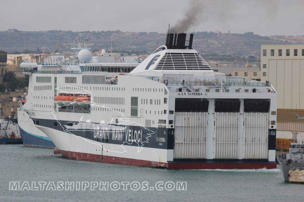 La Superba no 1 - 24.10.2011 - Malta Ship & Action Photos by Capt ...