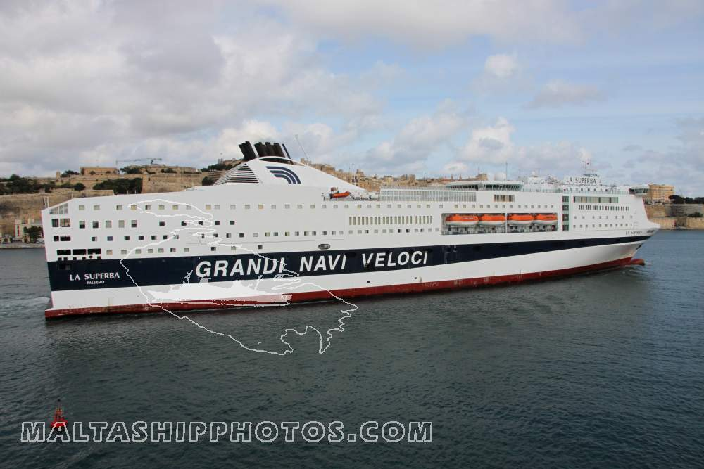 La Superba no 2 - 24.10.2011 - Malta Ship & Action Photos by Capt ...